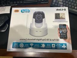 White D-Link DCS-5222L HD Pan  Tilt Wi-Fi Camera
